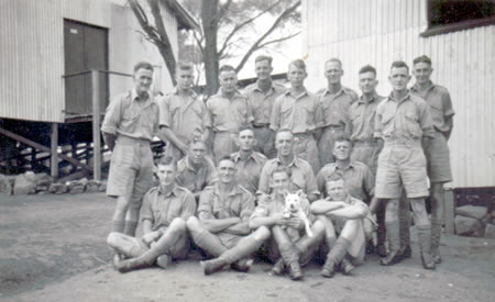 2/32nd Battalion Reinforcements, Northam Camp 1941. Ted Brindle bottom row left. Courtesy Ted Brindle